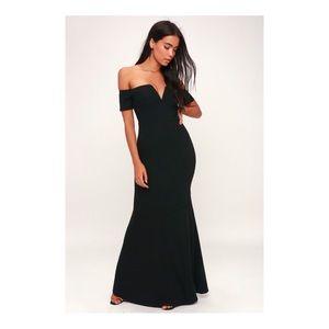 Lynne Black Off-The-Shoulder Maxi Dress